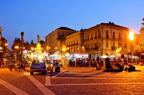 Eskortierte kleine Gruppenreisen nach Italien